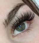Hybrid eyelash extension @beyondlashesan