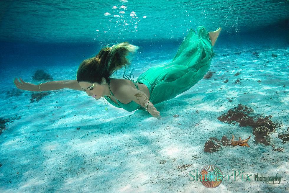 Underwater_Julieta_02.jpg