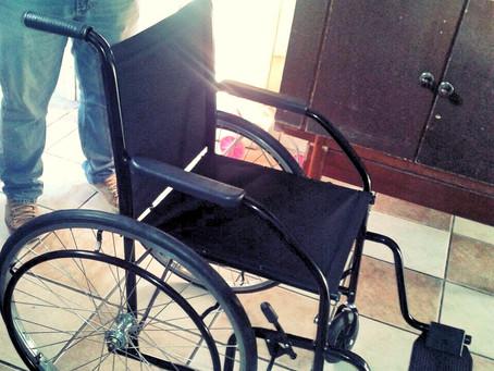 AADEF e FlexComp doam cadeira de rodas