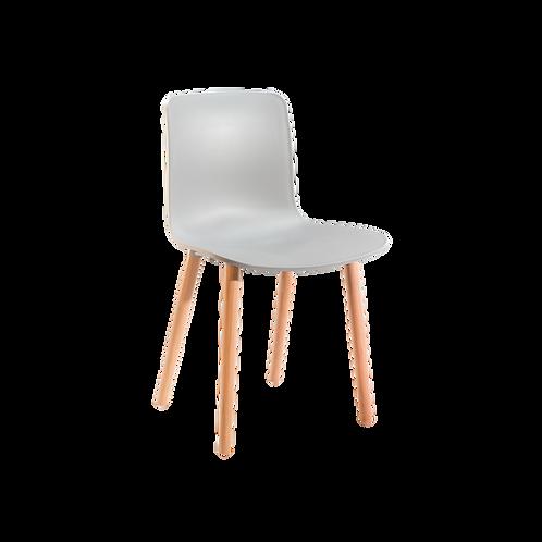LYN chair RÉPLICA