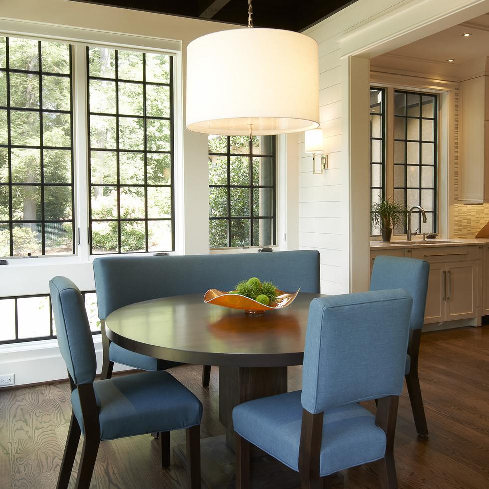 Mimimalist breakfast space