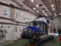 ALH Dhruv Demonstrates Deck Operations Capabilities in Ship-borne Trials