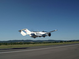 Flying car that transforms from road vehicle into air vehicle in less than 3-minutes