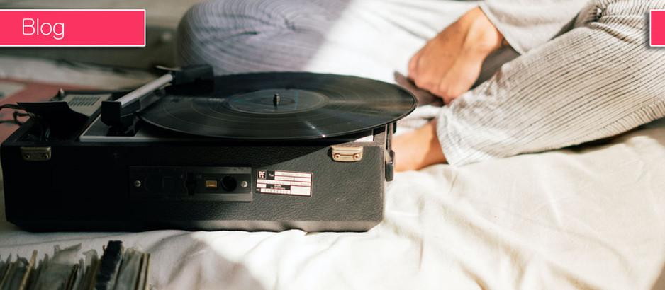 直播:要花錢買的不用送我,包括音樂。