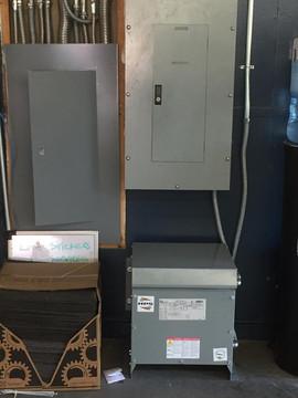 Santa Ana Electricians - Dynafornce Elec