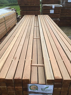 Lambourdes en bois exotique pour la sous-construction d'une terrasse