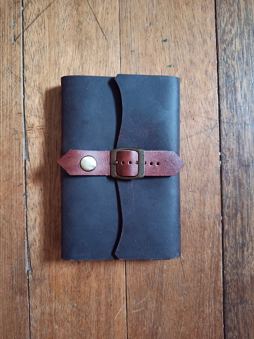 Small Leather Journal w/ Single Belt Lock - Havana Brown