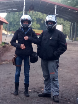 Jessica mit Quad-Fahrer Jan-Bernd