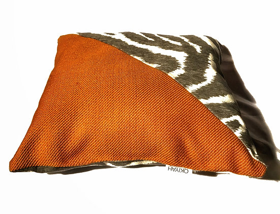 ORANGE ZEBRA | PILLOW SET