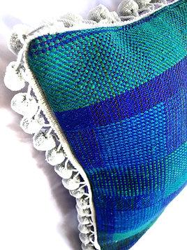 "18"" Blue Print Zipper Closure Pillows"