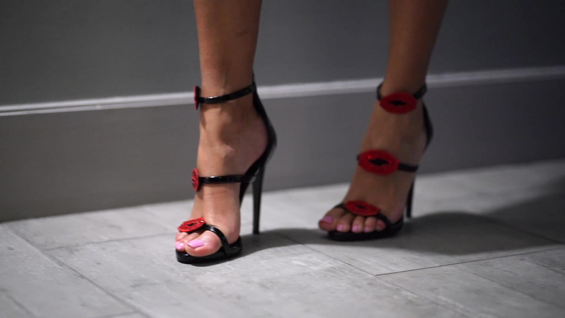 VK Shoes.mp4