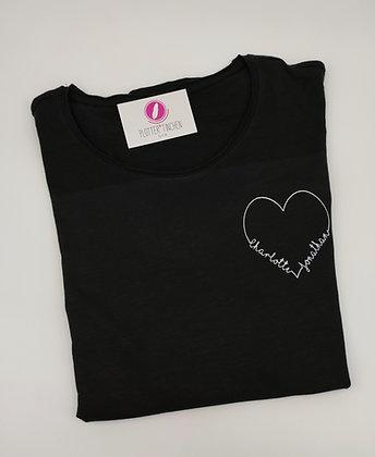 """T-Shirt """"Herz"""" personalisierbar mit zwei Namen"""