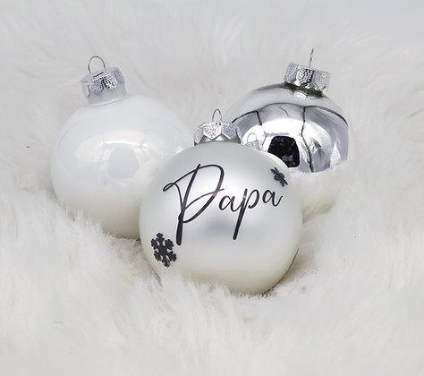 Christbaumkugeln weiß/silber aus Glas in 3 Farbtönen Personalisiert