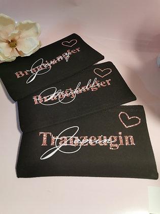 Kosmetik/Accessoire Tasche in schwarz personalisiert