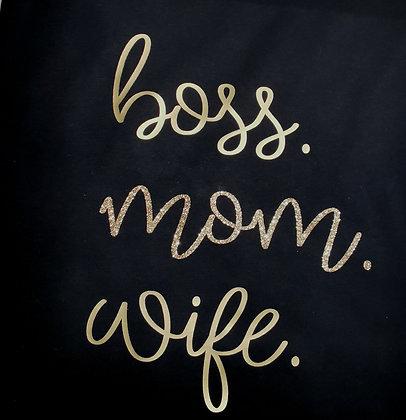 boss. mom. wife Hoodie schwarz personalisiert