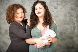 אמהות ובנות - צילום מרגש