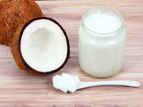 Why I Put Coconut Oil in my Hair
