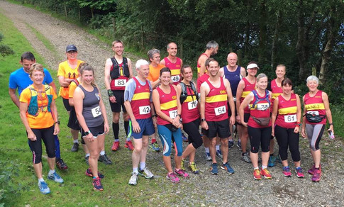 Line up before the Marilyn's Madness Fell race