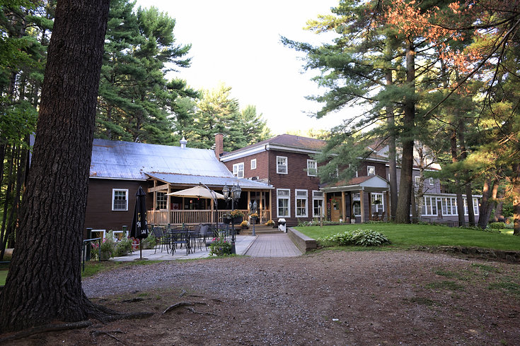 Pine Lodge Resort, Bristol, Quebec, Golf Course, Restaurant, Wedding Venue