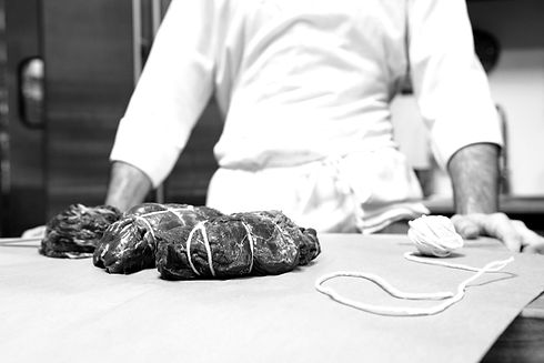 Butcher%20with%20Beef_edited.jpg