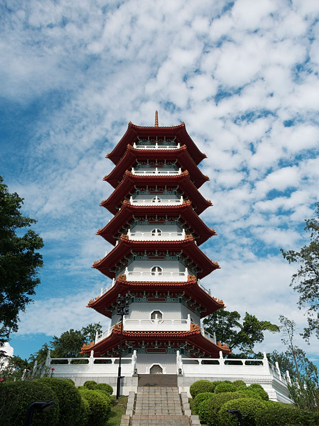 ChineseGarden_SevenStoreyPagoda_Full.jpg