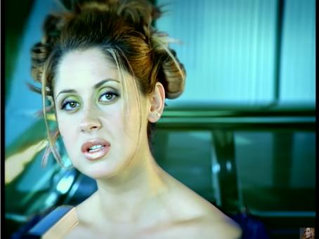 Lara Fabian et ses meilleures chansons en français (années 90 à 2010)