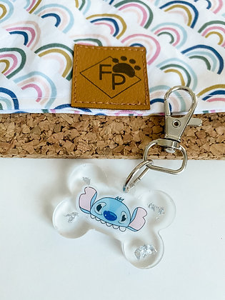SMALL STITCH HAT RESIN DOG TAG