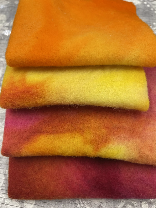 Pre Felt Hand Dyed x 4 pieces - 009