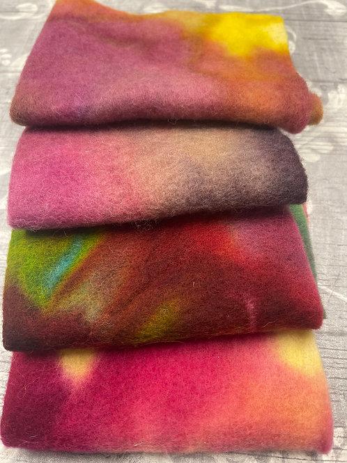 Pre Felt Hand Dyed x 4 pieces - 044