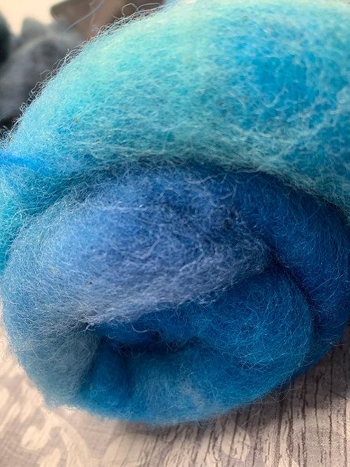 Hand dyed Finnsheep Batt 011