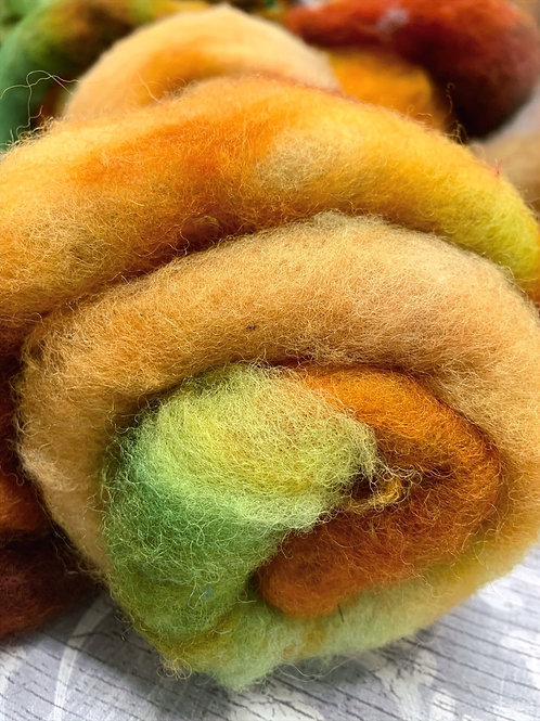 Hand dyed Finnsheep batt 037