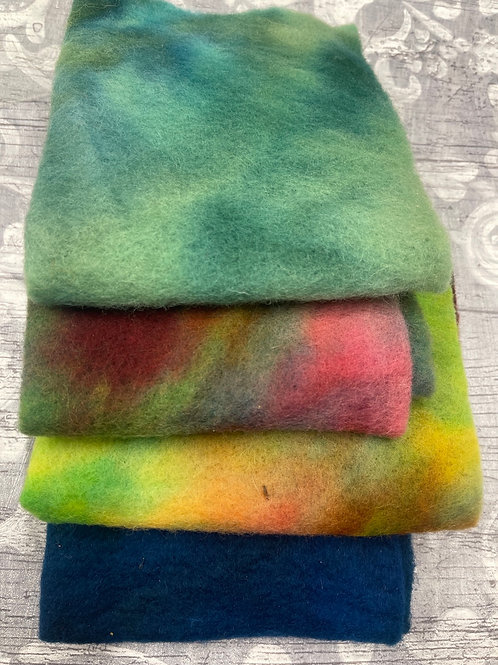 Pre Felt Hand Dyed x 4 pieces - 022
