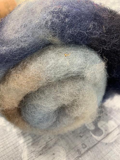 Hand dyed Finnsheep batt 053