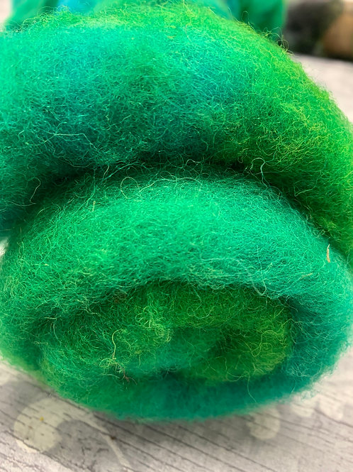 Hand dyed Finnsheep Batt 087