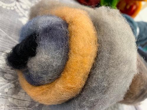 Hand dyed Finnsheep Batt 004