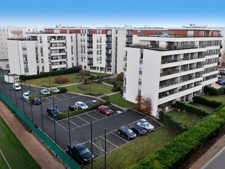 Immeuble_Republique_JDA8708.JPG