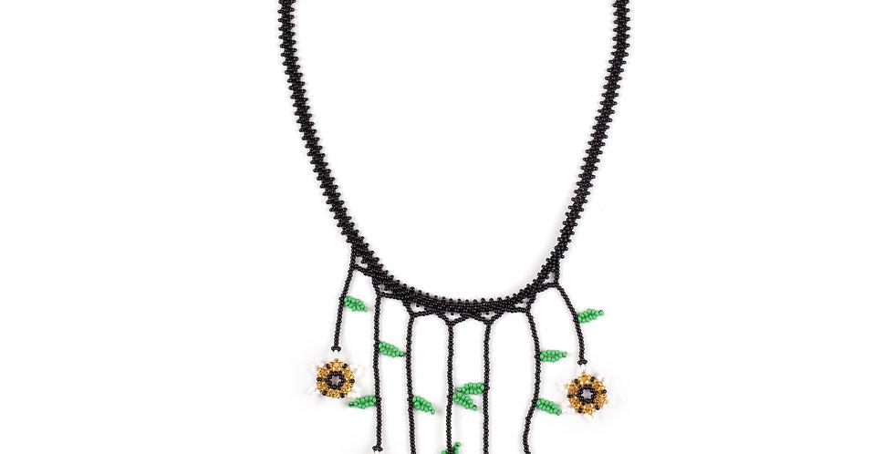 Flores Necklace 01