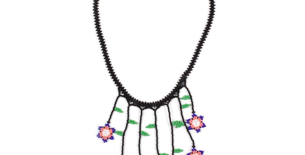 Flores Necklace 03