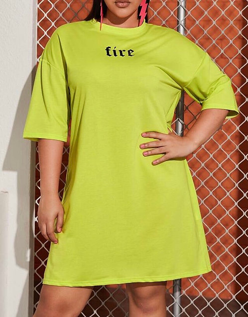 Plus Size Letter Graphic Tee