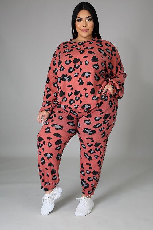 Plus Size Leopard Sweatsuit