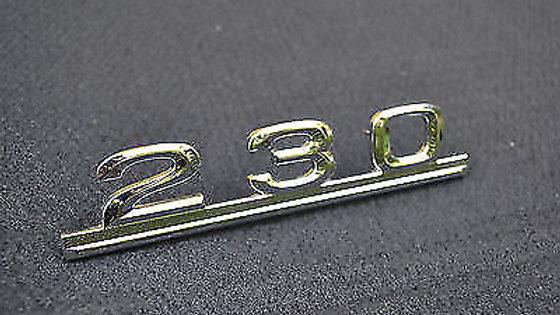 230 Schriftzug für Mercedes Benz Typenschild Emblem 230er NEU Massiv steckbar