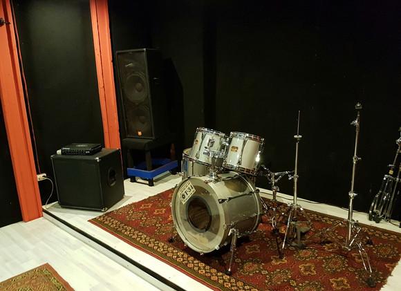 Репетиционная база Т-34 комната №5