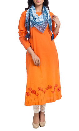 Floral embroidery kurta