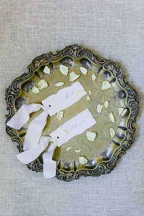 minimal-wedding-flat-lay-styling.19.jpg