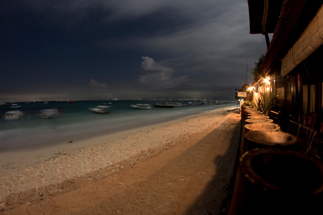 Nus Lembongan by Night