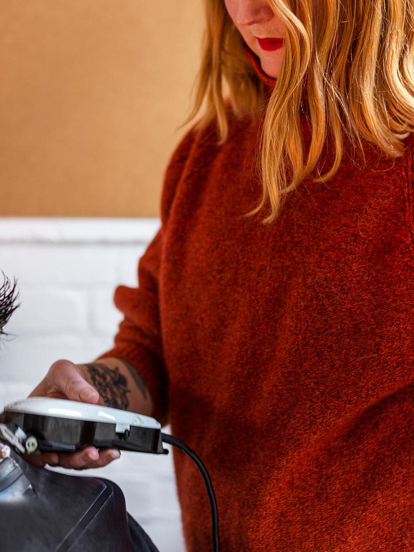 Belinda cutting hair