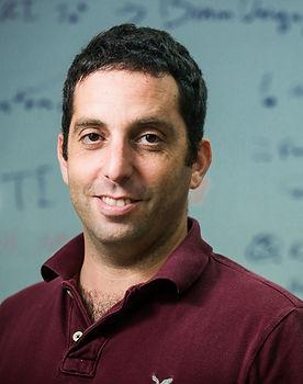 Dr.Lior Shmuelof