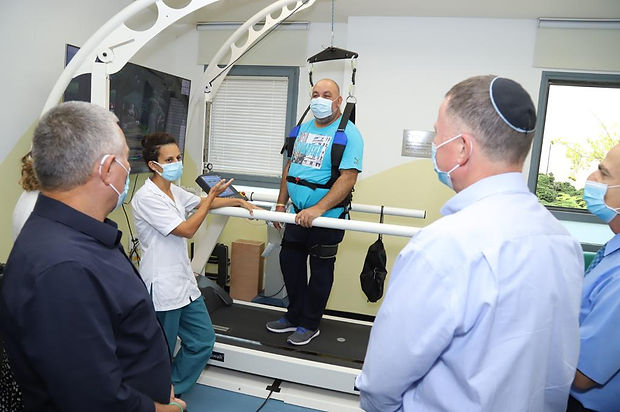 Minister of Health Yuli Edelstein visiting at The Negev Lab