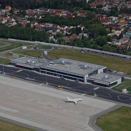 Terminál Jana Kašpara,  Letiště Pardubice