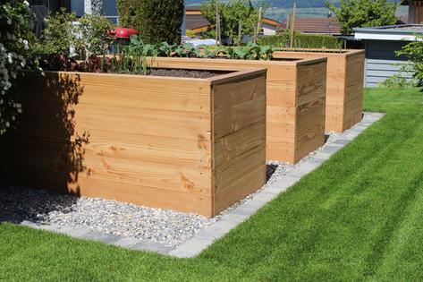 Rustikale Hochbeete aus Holz